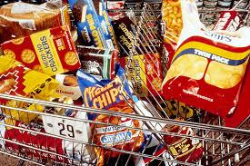 egészségtelen ételek, chips, csoki, nyalóka